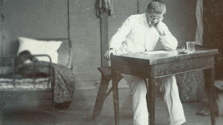 Драйфус е осъден на доживотна каторга и е заточен на Дяволския остров. Освободен е години по-късно, но не и преди неговият случай да се е превърнал в разделителна линия за френското общество.