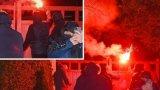 Полицията съобщава, че шефът на Юнайтед и семейството му не са били в къщата по време на атаката. Уудуърд и съпругата му имат две деца.