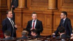 Социалистът призова вътрешната опозиция да смекчи тона