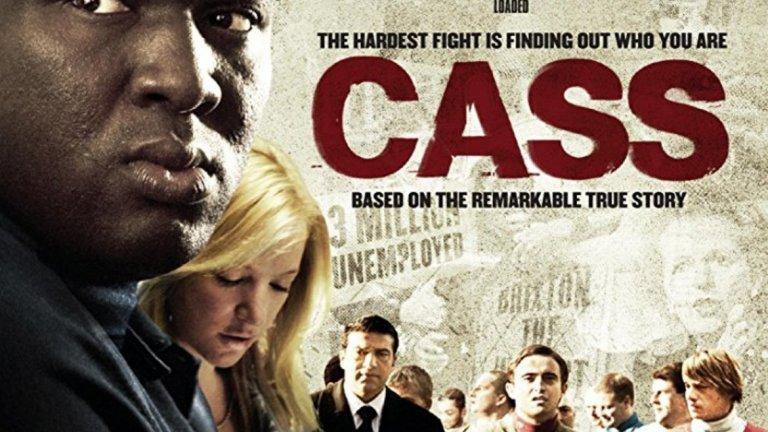 """""""Cass"""" (2008) Тъмнокожо ямайско дете е осиновено от възрастна бяла двойка и отгледано в Лондон в квартал само с бели. Израствайки и проправяйки си път в живота със силата на юмруците, Кас става един от най-страшните и най-уважавани хора в Лондон. Когато се опитват да го убият, той преосмисля живота си. Има два избора - да отмъсти, или да загърби този изпълнен с насилие начин на живот, който е водил досега. Филмът е биографичен, по действителен случай. А Кас е член на Inter City Firm на Уест Хем."""