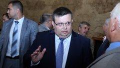 Главният прокурор Сотир Цацаров иска защитата на Борислав Георгиев да отпадне