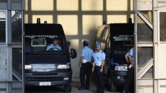 Вирусът ще си тръгне от италианските улици, но не и престъпността