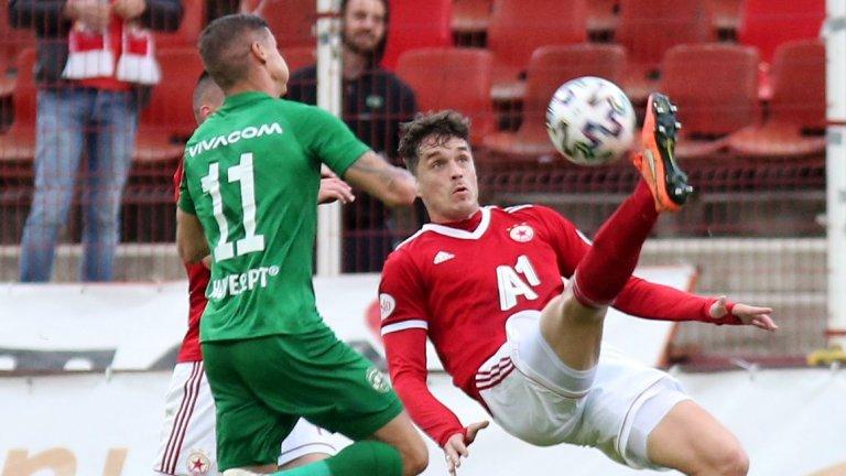 ЦСКА разби посредствен Лудогорец и превзе второто място