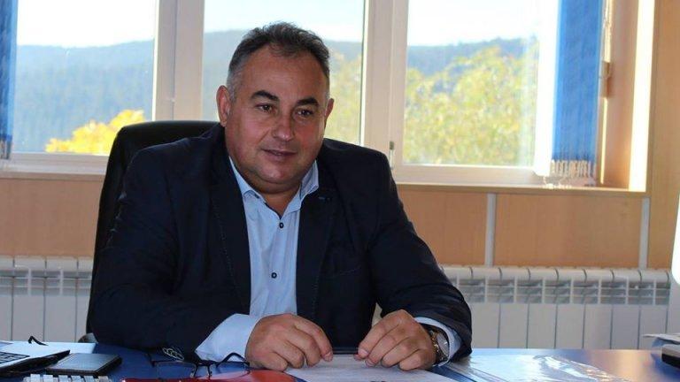 Кметът Елин Радев призовава за стриктно спазване на наложените рестрикции