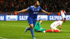 Игуаин ликува след втория си гол във вратата на Субашич