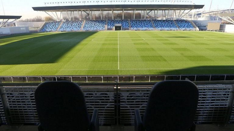 7-хилядният стадион в комплекса ще е за всички отбори от 6 до 21-годишните. Тук ще се играят и контроли на първия тим.