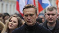 Активистът подозира руския президент в отравянето си, защото не вижда кой друг би могъл да стори подобно нещо