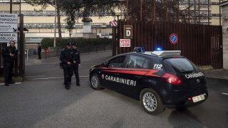 Сто италиански гангстери са обвиняеми за източване на еврофондове