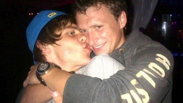 Кокорин (вляво) и Мамаев са приятели от години и преди време даже възникнаха предположения, че са хомосексуалисти