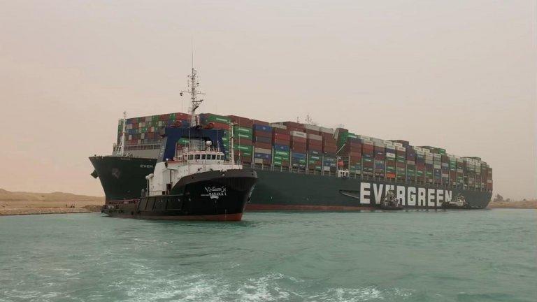 Щетите от блокирането на Суецкия канал възлизат на 1 млрд. долара