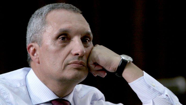"""ДПС ще загуби """"много"""" на местния вот, твърди Костов"""