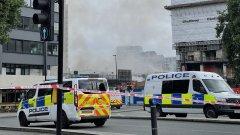 Хора в квартала съобщават, че са чули няколко експлозии