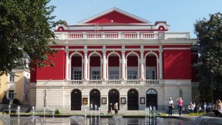 Русенската опера - 101-годишната история на един специален музикален храм