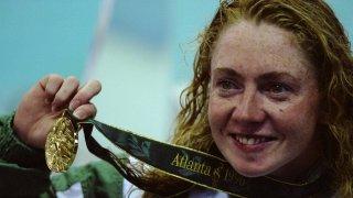 На Олимпиадата в Атланта Мишел Смит печели три олимпийски титли и един бронзов медал, но две години по-късно кариерата ѝ секва също толкова бързо, колкото е и издигането ѝ.