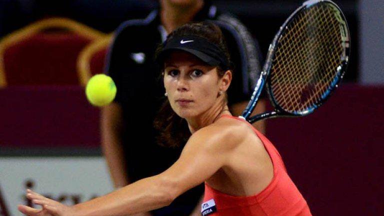 Пиронкова отпадна във втория кръг на турнира в Пекин