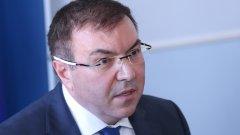 Министър Ангелов е категоричен, че хладилниците, необходими за съхранението на първата партида, вече са налични