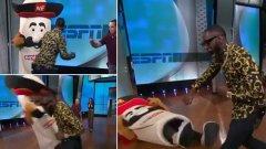 Лудост! Дионтей Уайлдър счупи челюстта на талисман на живо по телевизията (видео)