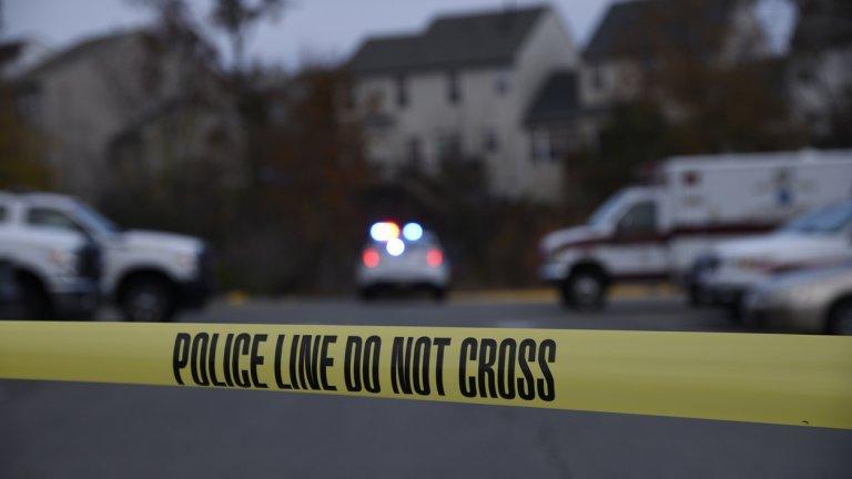 Трупът на 51-годишната жена е открит тази сутрин от нейния секретар