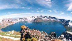 Сътрудничеството при проучването на смятания за най-страховит вулкан на земята Пектусан е единственото, което може да отвори Севена Корея за Запада
