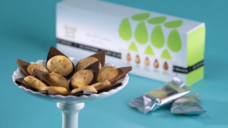 Ръчно направена бисквитка плюс шоколад Jeff de Bruges, това е равно на уникално вкусна шоколадено-бисквитена комбинация!