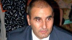 Според вътрешния министър Цветан Цветанов повдигането на въпроса за доходите на родителите на съпругата му е поредната атака срещу него, която е част от кампания започнала през април 2009 г.