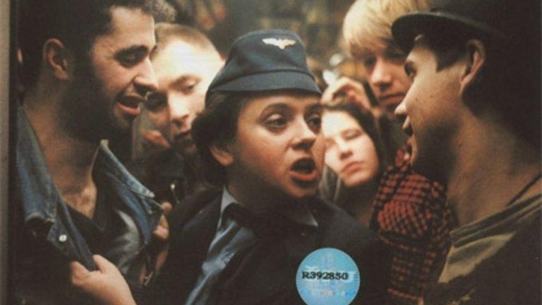 """""""Proc?"""" (1987) През тази година се навършиха 30 от излизането на култовия чешки филм, който е задължителен за всички почитатели на жанра. В него се разказва за пътуването на феновете на Спарта Прага до Банска Бистрица за мач, който решава титлата на Чехословакия само 14 дни след трагедията на """"Хейзел"""" през 1985-а."""