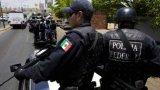 Властите в страната започнаха хайка срещу нападателите, в която се включиха военни, морски пехотинци и войници от Националната гвардия