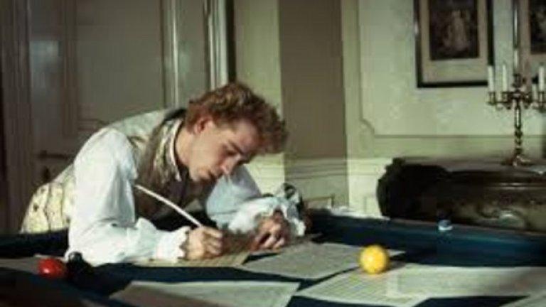 """""""Защо Бог говори само чрез музиката на Моцарт, а не чрез моята?"""", пита изпълнен от терзания Салиери. И можем да почувстваме неговото страдание"""