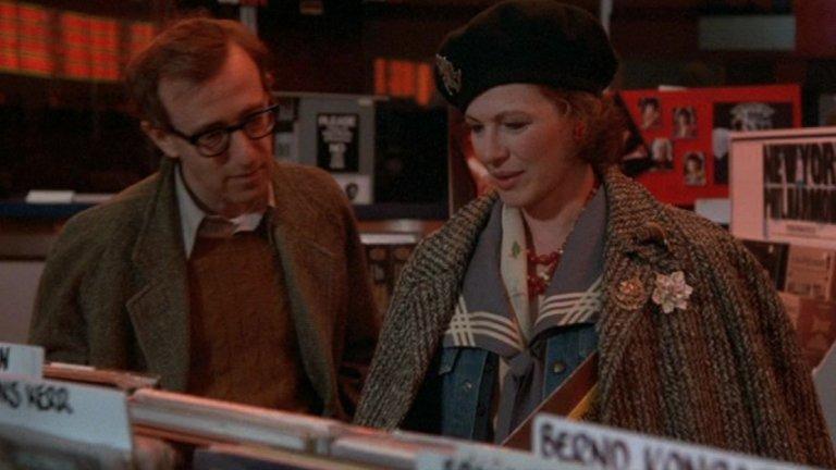 """""""Хана и нейните сестри"""" (Hannah and Her Sisters, 1986 г.)  Освен, че носи сериозни приходи на Уди Алън, филмът получава и седем номинации за Оскар. Печели три от тях – за най-добър оригинален сценарий, за най-добра поддържаща актриса за Даян Уийст и за най-добър поддържащ актьор, която взима Майкъл Кейн."""