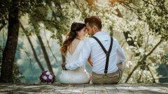 Сватбата е виртуална, но емоциите са напълно истински и завладяващи