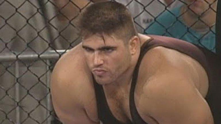Covid-19 пребори Полярната мечка. Един от първите UFC бойци си отиде на 51