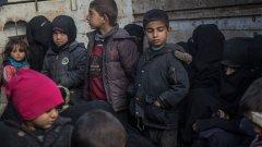 Неясната съдба на семействата на бойците от ИДИЛ