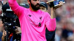 """27-годишният страж направи страхотен сезон с екипа на мърсисайдци и помогна на тима да спечели Шампионската лига. Освен това той получи """"Златната ръкавица"""" в Премиършип, след като записа 21 сухи мрежи."""