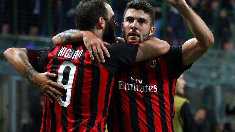 Милан вкара три пъти за девет минути и излезе начело в групата