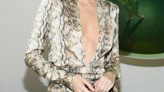 Благодарение на Кендъл Дженър вероятно нито животинският принт, нито супер късите рокли ще излязат от мода.