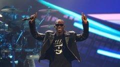 """22-годишният рапър Тайни Темпа триумфира на тазгодишните награди """"Бритс"""""""