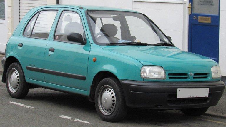 """Nissan Micra K11Може и да не ви се вярва, но малката Micra печели европейската награда """"Кола на годината"""" през 1993 г. В нея не е мислено толкова за скорост и представяне, колкото за удобство и безопасност. Освен това е сред първите модели, които се опитват да се целят стремително в женската аудитория."""