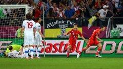В първия си мач руснаците отнесоха Чехия с 4:1, а два гола вкара младият Алан Дзагоев