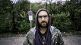 """От психар в """"Под прикритие"""" до житейските въпроси на Самюъл Бекет – Христо Петков за киното и театъра"""