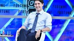 Очевидно премиерът има непоносимост към черни чорапи