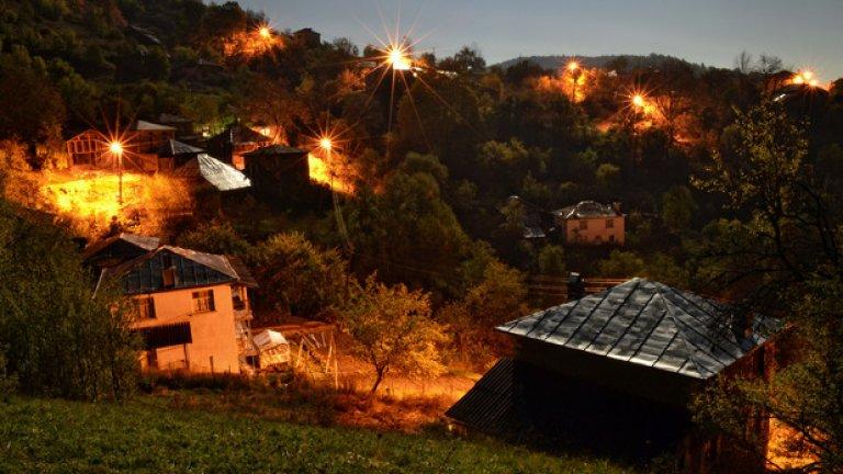 Постоянните жители на Киселчово са едва 14 души и вечер селото попада в плен на тишината