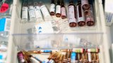 Първите от 30 000 доброволци вече приемат доза от потенциалната ваксина