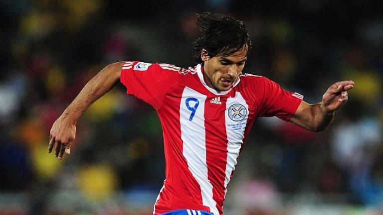 Роке Санта Крус (Олимпия)  Колко са хората, които могат да кажат, че са играли в Реал Мадрид и Блекбърн Роувърс? Роке Санта Крус е голмайстор номер 1 в историята на парагвайския национален тим, а днес все още защитава цветовете на родния си клуб Олимпия.