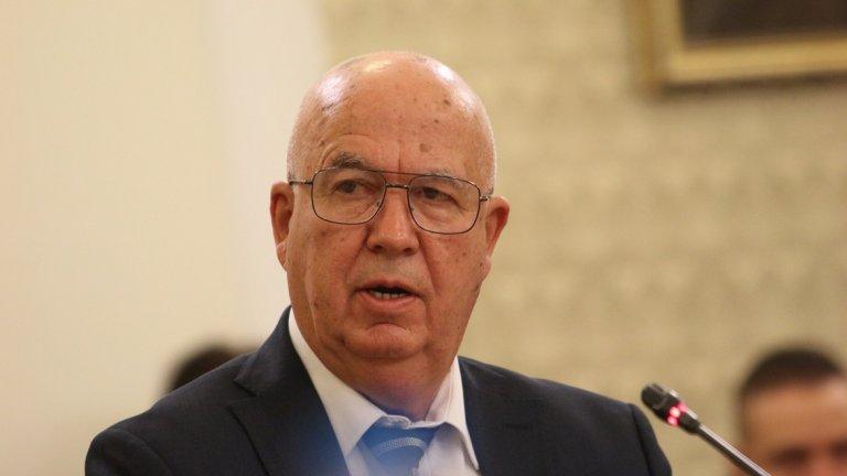 """Симеон Найденов от """"Воля"""" е другият кандидат за председател на КПКОНПИ. Той коментира, че залага на превенцията на корупцията чрез взаимодействие с другите институции и партньорство с неправителствени организации."""