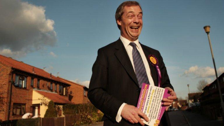 Лидерът на UKIP е един от тримата, които се разделят с поста си след загубата на изборите във Великобритания
