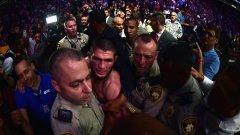 От UFC вече отмениха следващия двубой на Тухогов и се очаква каква ще е окончателната му санкция след мелето във Вегас.