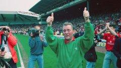 На 1 май 1993 г. Клъф се сбогува с феновете на Нотингам, след като отборът изпадна от Висшата лига, а той се отказа от футбола