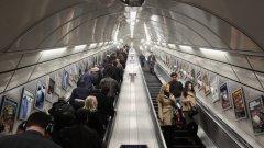 """""""Стойте отдясно"""" вече не е на мода в лондонското метро"""