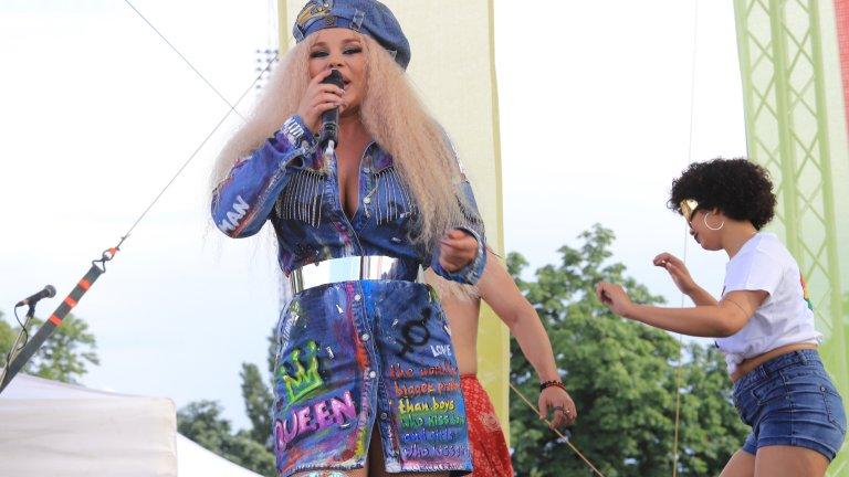 Деси Слава е една от изпълнителите на концерта за София прайд 2021