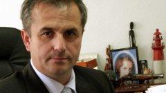 Той е обвинен за присвояването на близо 2 млн. лв. от общинския бюджет